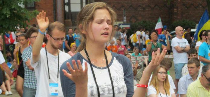 Toàn Giáo hội giữ chay một ngày vì hòa bình