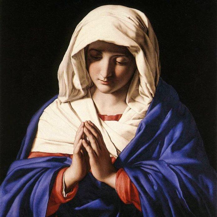 Có Đức Mẹ Maria ngự vào nhà, ma quỷ nào dám đột nhập