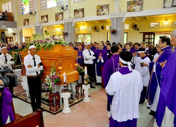 Thánh Lễ An Táng Cha Đa Minh Nguyễn Đức Trung