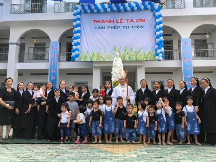 Lễ Tạ Ơn và làm phép Nhà mới Tu viện Bêlem Đồng Tâm