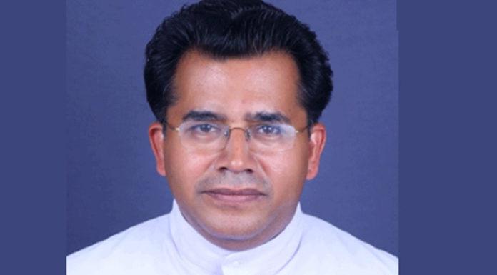 Cha giám quản thánh địa ở Kerala bị đâm chết