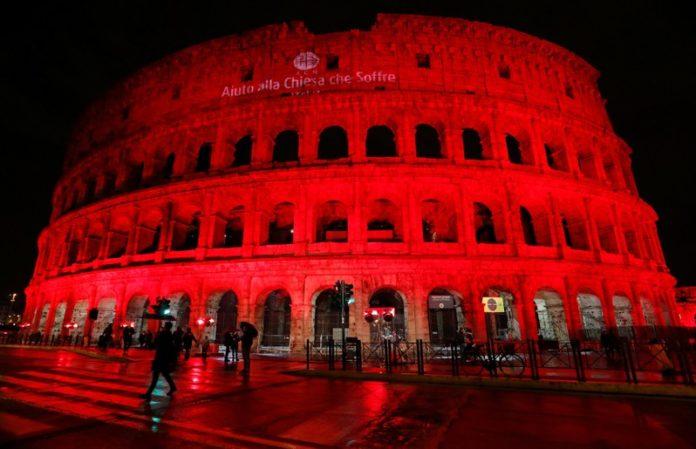 Đấu trường Colosseum tắm máu đỏ vì các Kitô hữu bị bách hại