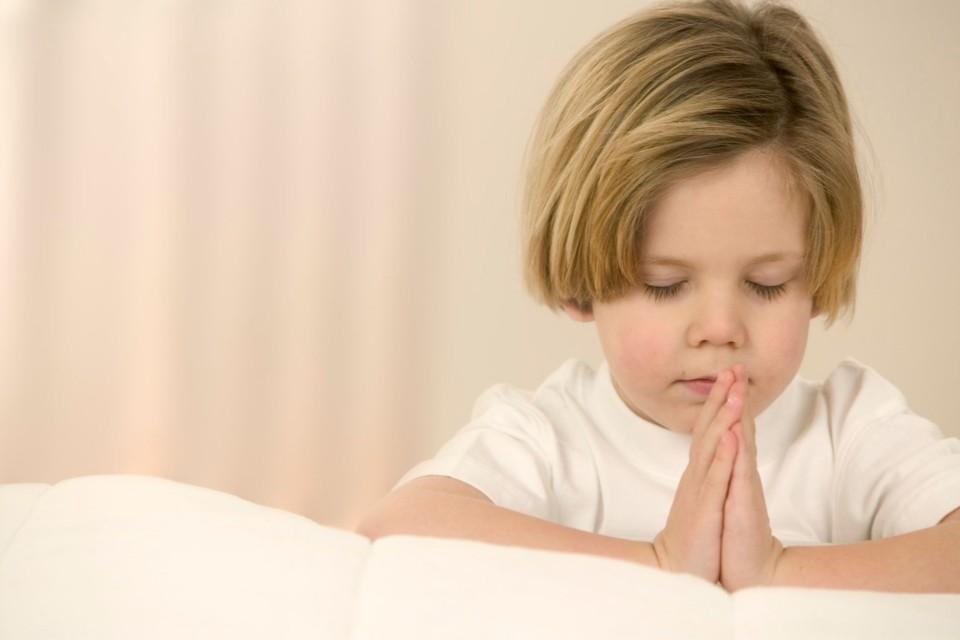Tại sao chúng ta chắp tay khi cầu nguyện