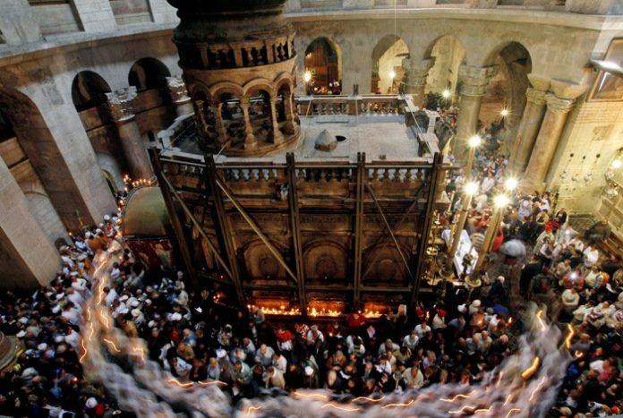 Nhà thờ Mộ Chúa ở Giêrusalem đã được mở cửa trở lại