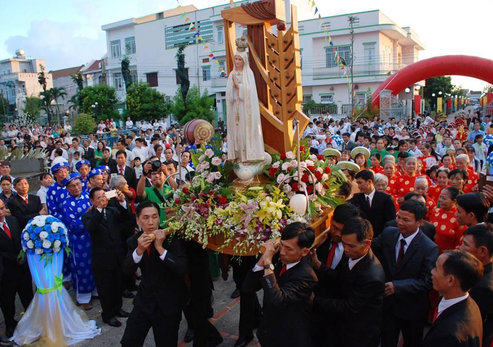 Đức Mẹ Fatima Thánh Du tại Giáo Xứ Thái Lạc