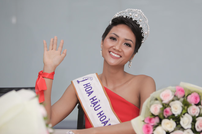Hoa Hậu Việt Nam H' Hen-Niê Chia Sẻ Niềm Tin Vào Chúa