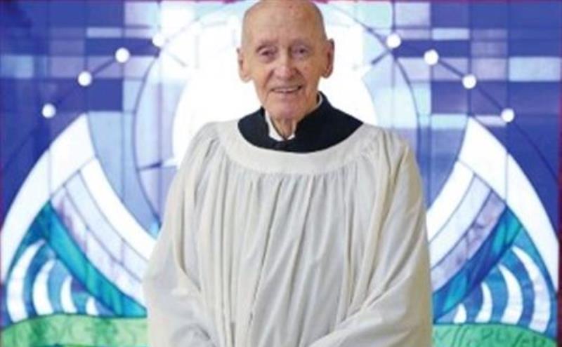 Người giúp lễ già nhất thế giới đã qua đời, thọ 103 tuổi