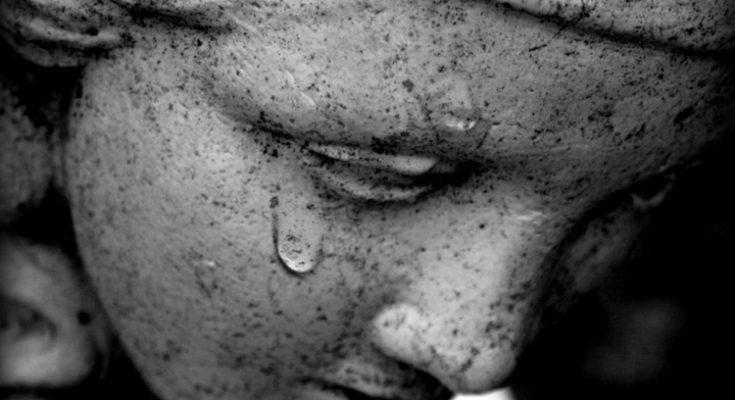 Bí Ẩn 10 Phép Lạ Tôn Giáo Khoa Học không thể giải thích