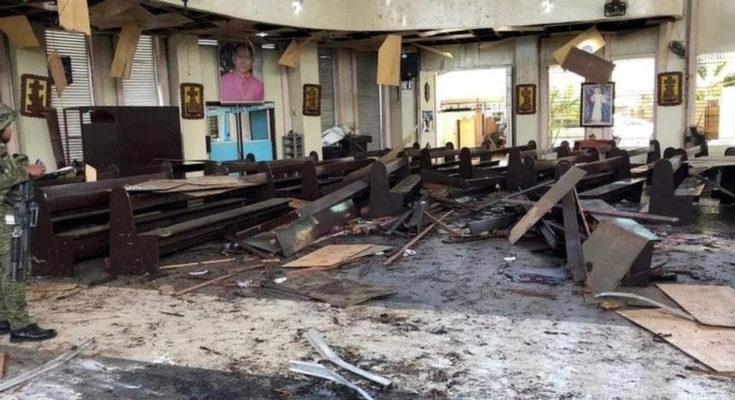 Bom nổ trong nhà thờ lúc có thánh lễ sáng Chúa Nhật làm 20 người chết 81 bị thương