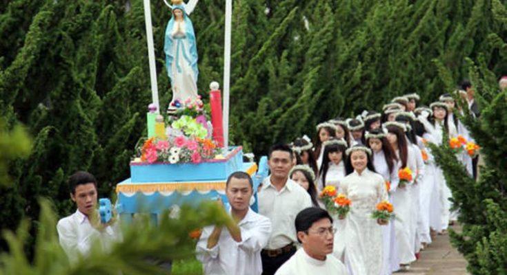 Ý nghĩa tháng Hoa và lòng tôn kính Đức Mẹ trong tháng 5 - Ảnh minh hoạ 2