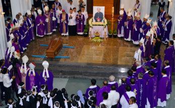 an táng Tổng giám mục Phaolô Bùi Văn Đọc