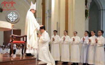 Thánh lễ Truyền chức 17 Phó Tế - TGP Sài Gòn Thánh lễ Truyền chức 17 Phó Tế - TGP Sài Gòn