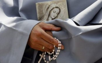 7 điều bất ngờ xảy ra khi bạn cầu nguyện với chuỗi Mân Côi thường xuyên hơn